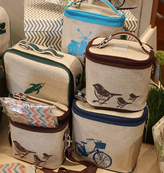 Lunch boxes and cooler bags from SoYoung
