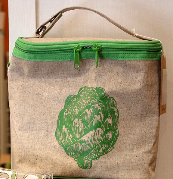 Artichoke cooler bag from SoYoung