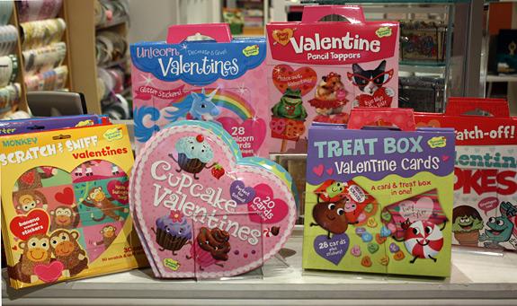 kids'  valentine card sets