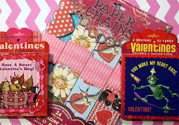 Kids' Valentines for the whole class (including teacher), and super-festive  Valentine paper chains to make